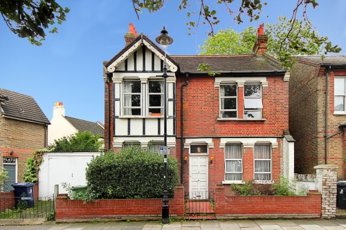 Avenue Rd, W3.  Sold.  May 2020.